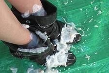 Enjoy! Wet &Messy Scene081