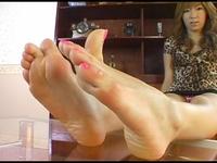 【CF】足裏を見せる女 #129