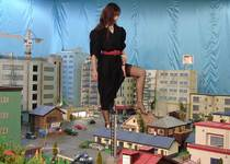GIANTESS OF 80's